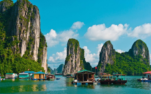 at_vietnam-package-tour-6-days-5-nights-from-hanoi_41fc070c61c037e84ef7c83a8b073a3a
